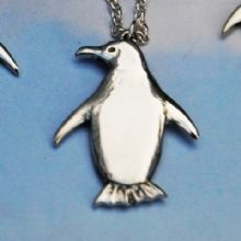 Penguin pendant necklace large ) P69